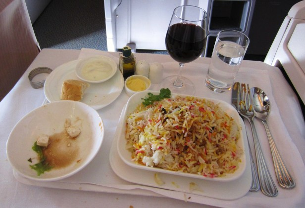 emirates-777-business-chicken-biryani
