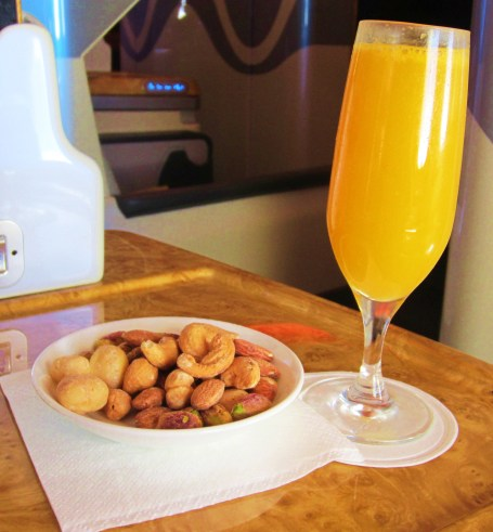 emirates-a380-business-mocktail