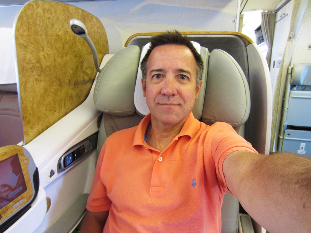 emirates-business-777-300-seat