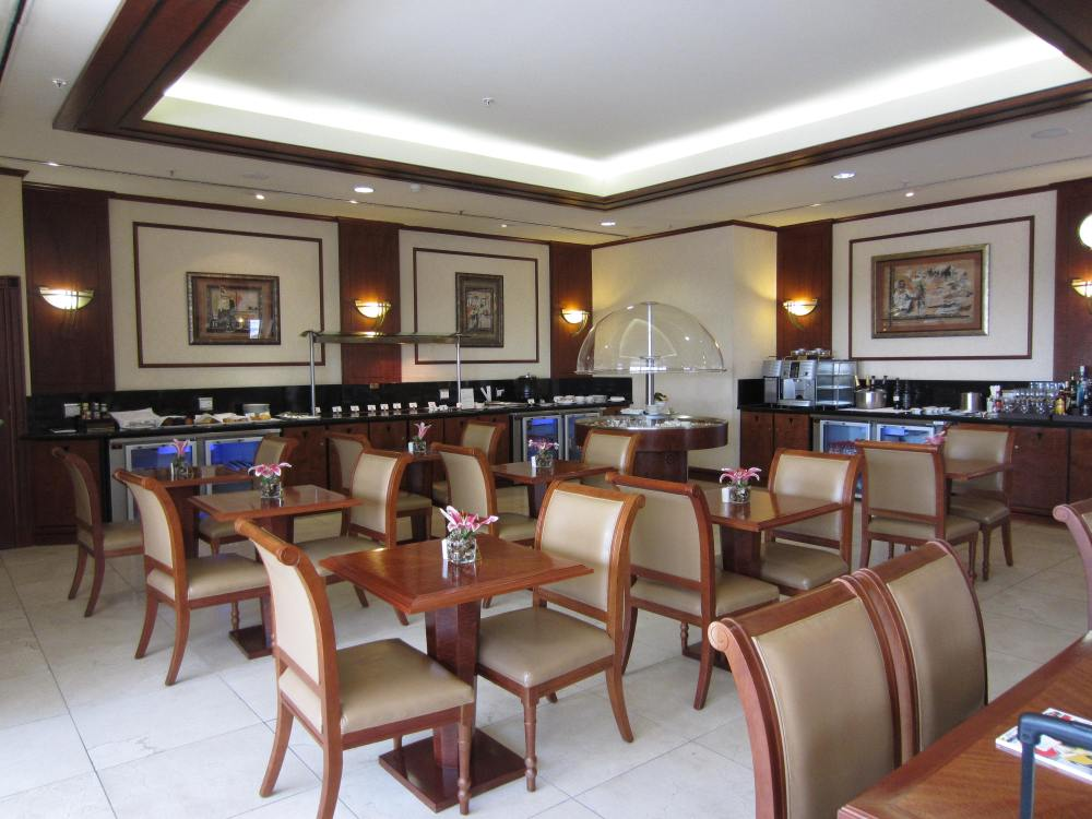 emirates-lounge-jnb-2