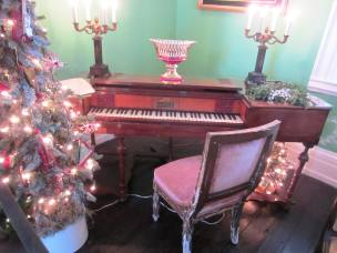 Strawberry Mansion Spinet