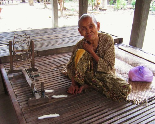Cambodia homemade spinning machine