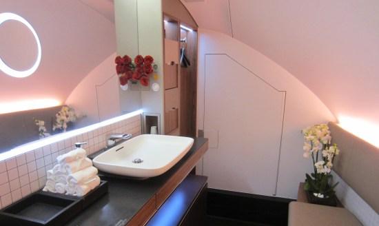 qatar bathroom full