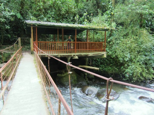 Overlook a Mindo Cascades